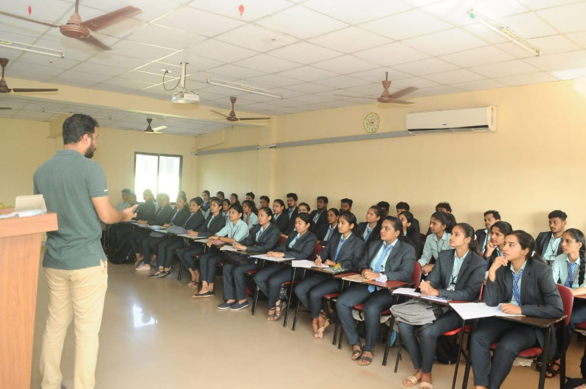 A Guest Lecture on Artificial Intelligence Models 2020-21
